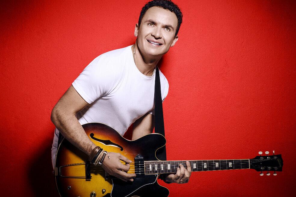 «1001 Noches», el nuevo sencillo en el que Fonseca le canta al amor