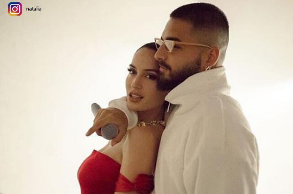 ¿Embarazada? Novia de Maluma felicita al cantante por el Día del Padre