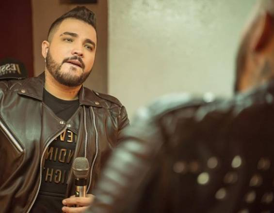 «La música popular necesita aliarse con otros géneros y abrir más fronteras»: Jessi Uribe
