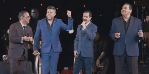 Así se oye 'Vivir sin ella', en la voz de Gilberto Santa Rosa junto a Tito Nieves, Luis Enrique y Eddie Santiago