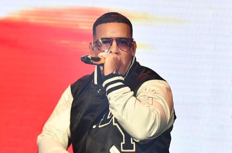 El lujoso regalo de Daddy Yankee a un seguidor en Bogotá